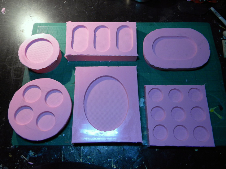 Custom Resin Bases Part III – Molding/Demolding